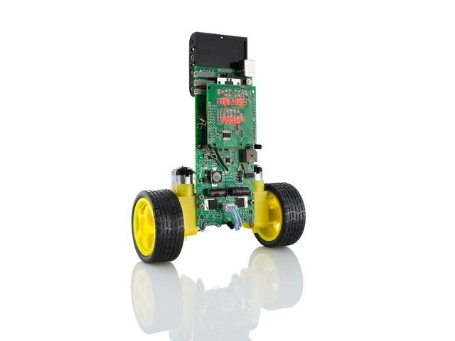 A cute open source little robot is raising funds