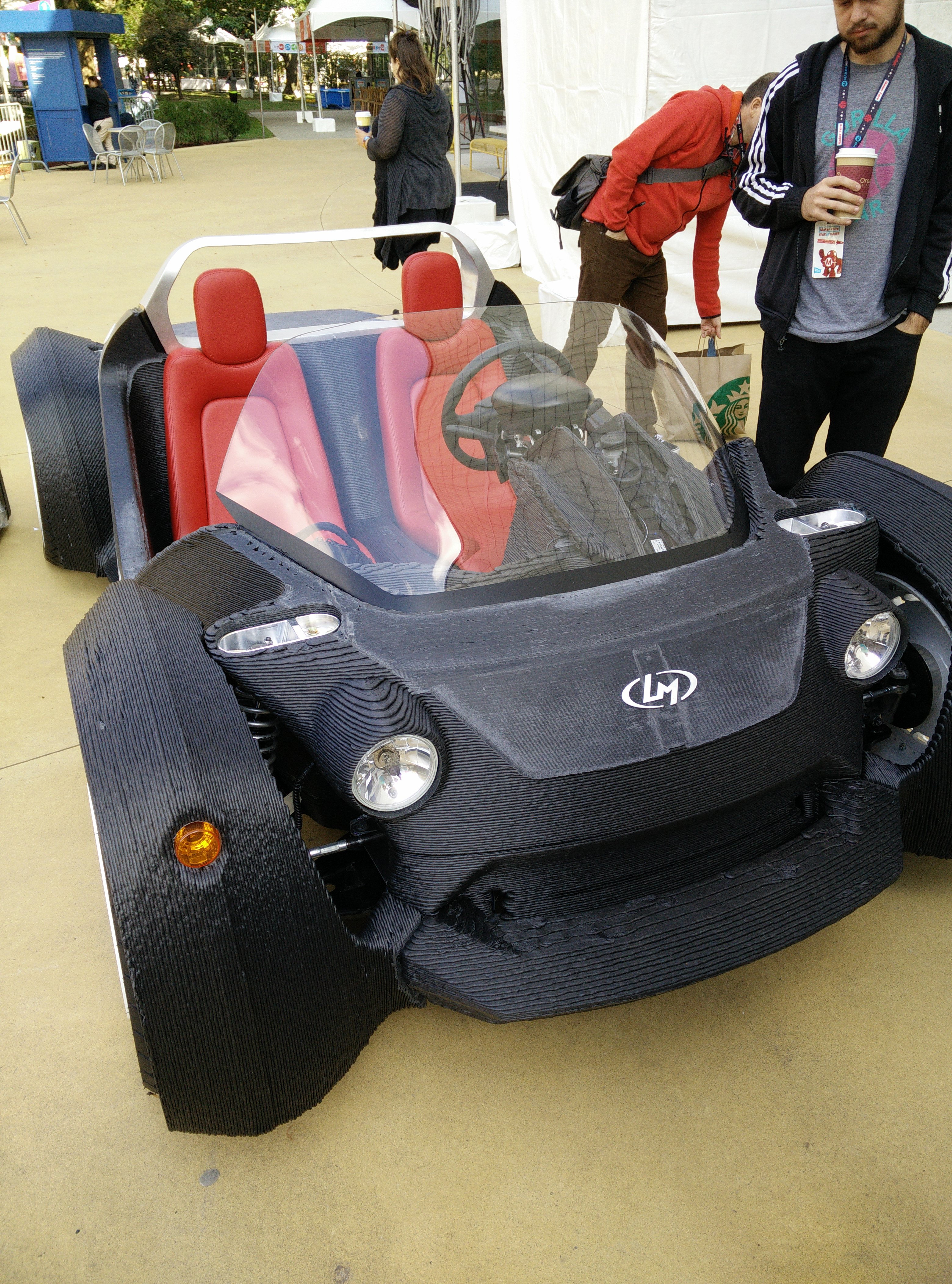 See Local Motors 3d Printed Strati Car In Action Open