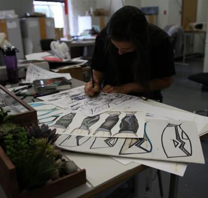 product-design-students-turn-3d-printing-create-custom-flexible-resin-skins-000021